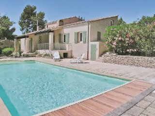 3 bedroom Villa in Lauris, Vaucluse, France : ref 2220942 - Lauris vacation rentals