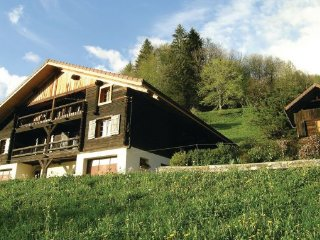 3 bedroom Villa in Manigod, Haute-savoie, France : ref 2220970 - Manigod vacation rentals