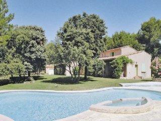 3 bedroom Villa in Saumane, Vaucluse, France : ref 2221029 - Saumane-de-Vaucluse vacation rentals