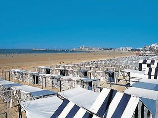 3 bedroom Apartment in Les Sables-d Olonne, Vendee, France : ref 2221512 - Chateau-d'Olonne vacation rentals