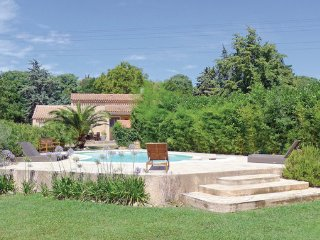 3 bedroom Villa in St-Remy-de-Provence, Bouches Du Rhone, France : ref 2221519 - Miramas vacation rentals