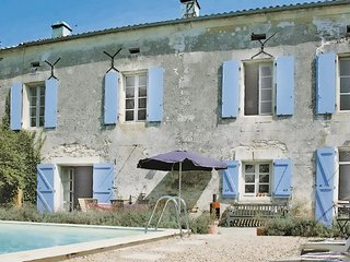 4 bedroom Villa in Lacaud, Dordogne, France : ref 2221526 - Puyrenier vacation rentals