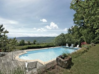 5 bedroom Villa in Roynac, Drome Provencale, France : ref 2221755 - Roynac vacation rentals