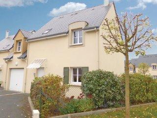 4 bedroom Villa in Port-en-Bessin, Calvados, France : ref 2221916 - Port-en-Bessin-Huppain vacation rentals
