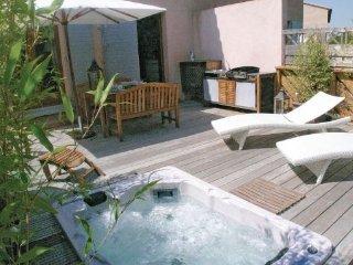 3 bedroom Villa in Mallemort, Bouches Du Rhone, France : ref 2221942 - Pont Royal vacation rentals