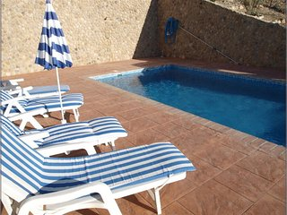 Charming 3 bedroom Algodonales Villa with Internet Access - Algodonales vacation rentals