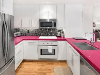 Chic Condo in the Heart of Brentwood - Westwood  Los Angeles County vacation rentals