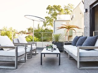 Spacious Open Living Penthouse in the Heart of Venice - Venice Beach vacation rentals