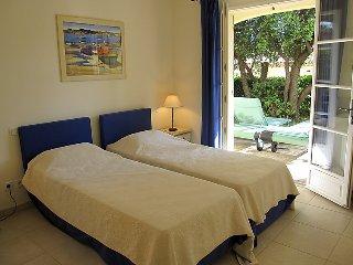 2 bedroom Villa in La Motte en Provence, Provence, France : ref 2236005 - Le Muy vacation rentals