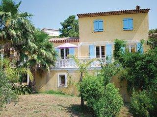 3 bedroom Villa in Les Issambres, Var, France : ref 2239193 - Roquebrune-sur-Argens vacation rentals