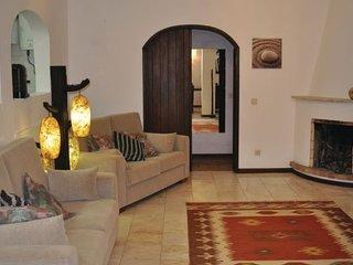 4 bedroom Villa in Santa Bárbara De Nexe, Algarve, Portugal : ref 2239512 - Alte vacation rentals