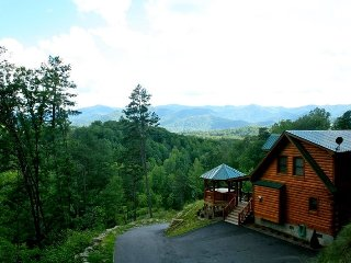 A Wilderness Hideaway - Delightful Rental Just 10 Minutes from Casino with - Whittier vacation rentals