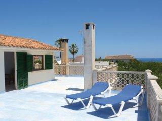 6 bedroom Villa in Porto Cristo, Majorca, Mallorca : ref 2239689 - Cala Figuera vacation rentals