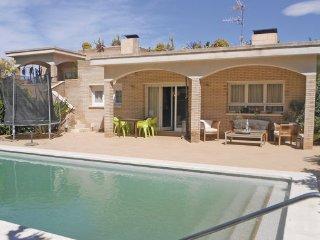 4 bedroom Villa in Roda de Bara, Costa Dorada, Spain : ref 2239691 - El Roc De Sant Gaieta vacation rentals