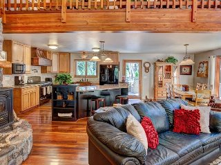 #523 EUREKA SPRINGS Gorgeous Home with outstanding amenities and finishes - Graeagle vacation rentals