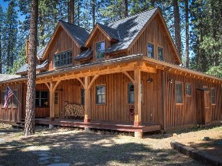#307 LUNDY LANE Gorgeous Cedar Cabin with Apartment over the garage $370.00 - Graeagle vacation rentals