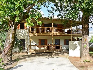 Charming 1 bedroom House in West End - West End vacation rentals