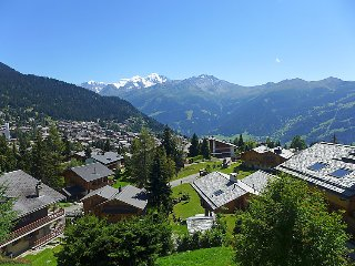 2 bedroom Apartment in Verbier, Valais, Switzerland : ref 2241613 - Verbier vacation rentals