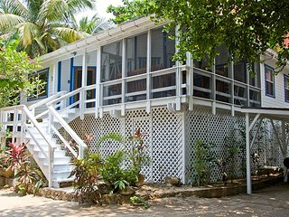 Charming 2 bedroom House in West Bay - West Bay vacation rentals
