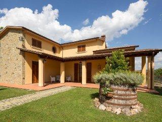 4 bedroom Apartment in Arezzo, Toscana, Italy : ref 2244394 - Quarata vacation rentals