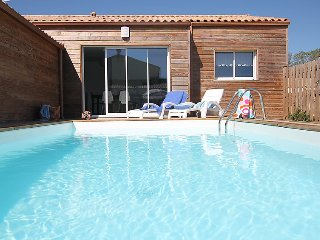 3 bedroom Villa in Talmont Saint Hilaire, Vendee- Western Loire, France : ref - Talmont Saint Hilaire vacation rentals
