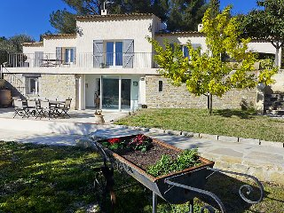 2 bedroom Apartment in Le Castellet, Cote d'Azur, France : ref 2253443 - Le Castellet vacation rentals