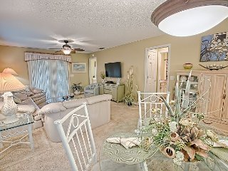 Courtyard Villa in Briar Meadow with complimentary electric golf cart - The Villages vacation rentals