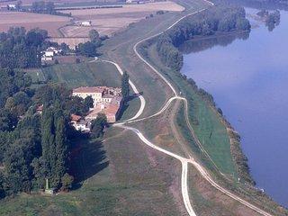 Dimora storica della pianura veronese -tutta a disposizione -massimo conforto - Villa Bartolomea vacation rentals