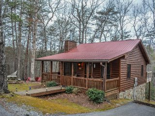 Cozy House with Hot Tub and Wireless Internet - Cherry Log vacation rentals