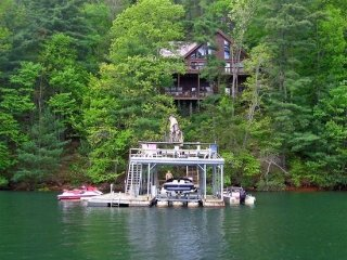 LAKESIDE LODGE- 3BR/3.5BA- CABIN ON LAKE BLUE RIDGE, SLEEPS 9, NEXT DOOR TO - Blue Ridge vacation rentals