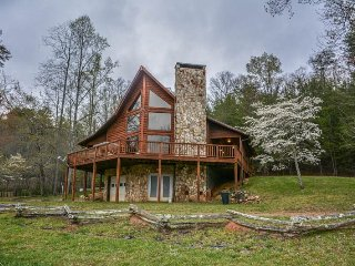Nice House with Mountain Views and Grill - Morganton vacation rentals