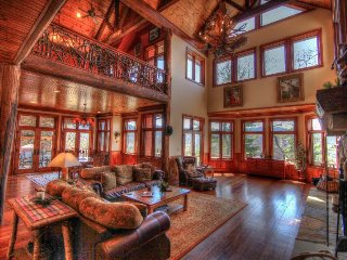 6BR/5BA Home in The Farm, Banner Elk, NC, 3 King Suites, Hot Tub, Pool Table - Banner Elk vacation rentals