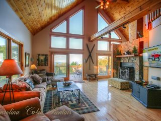 6BR Upscale Mountain-style Home, Long Range Views, Game Room, Fireplace, Club - Beech Mountain vacation rentals