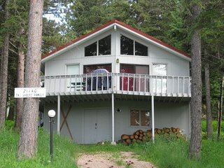 3 bedroom House with Grill in Lead - Lead vacation rentals