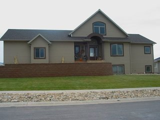 Perfect 4 bedroom Spearfish House with A/C - Spearfish vacation rentals