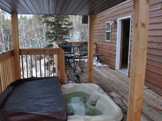 3 bedroom House with DVD Player in Lead - Lead vacation rentals