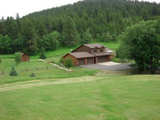 Nice 3 bedroom Sturgis House with A/C - Sturgis vacation rentals