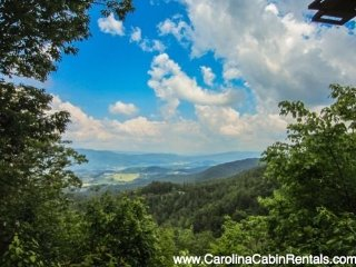 3BR Log Cabin with Beautiful Long Range Views, Soaking Tub, Peaceful, Quiet, 8 - Mountain City vacation rentals