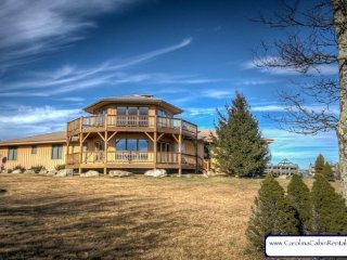 4BR Home, Huge Panoramic Views, Just Minutes to Downtown Banner Elk and Beech - Beech Mountain vacation rentals