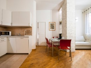 Modern 1bdr in a strategic position to reach the Fair - Bologna vacation rentals
