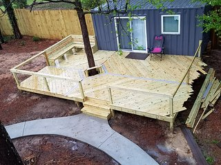 """Tiny Home"" With Retro Arcade, Pool, Gym - Close to Atlanta & Hartsfield Airport - Lithia Springs vacation rentals"