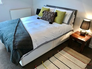 Glasgow West End and River View - Glasgow vacation rentals