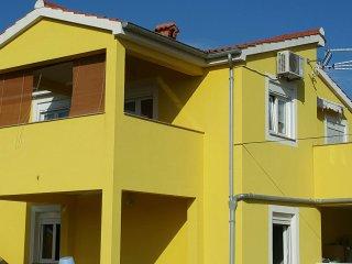 Cozy 2 bedroom Vrsi Apartment with Internet Access - Vrsi vacation rentals