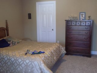 Very nice room near University of Buffalo north campus - Getzville vacation rentals