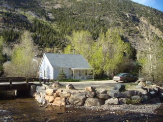Beautiful House with Deck and Internet Access - Silver Plume vacation rentals