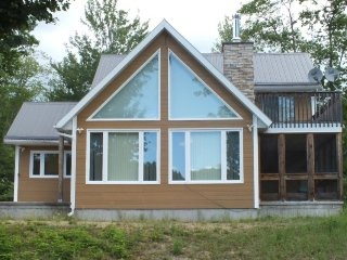 Quintessential, family friendly cottage for outdoor and city folk alike - Waltham vacation rentals