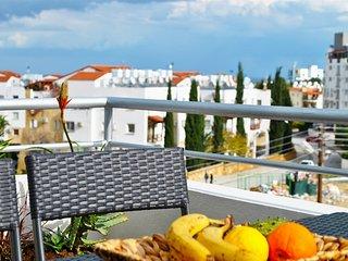 Centrally located holiday rental apartment in Kyrenia - Kyrenia vacation rentals