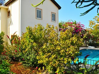 Lantana House in Catalkoy sleeps up to 6 people - Catalkoy vacation rentals