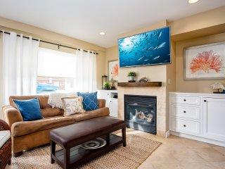 New property Summer Sale!  6/1-8/12 Spacious condo 2 Blocks to Beach! - Newport Beach vacation rentals