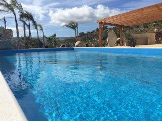 Casale dei Poeti con piscina privacy assicurata relax vicino a Scopello - Scopello vacation rentals